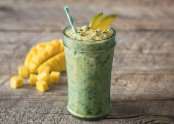Tropical Mango Kale Smoothie
