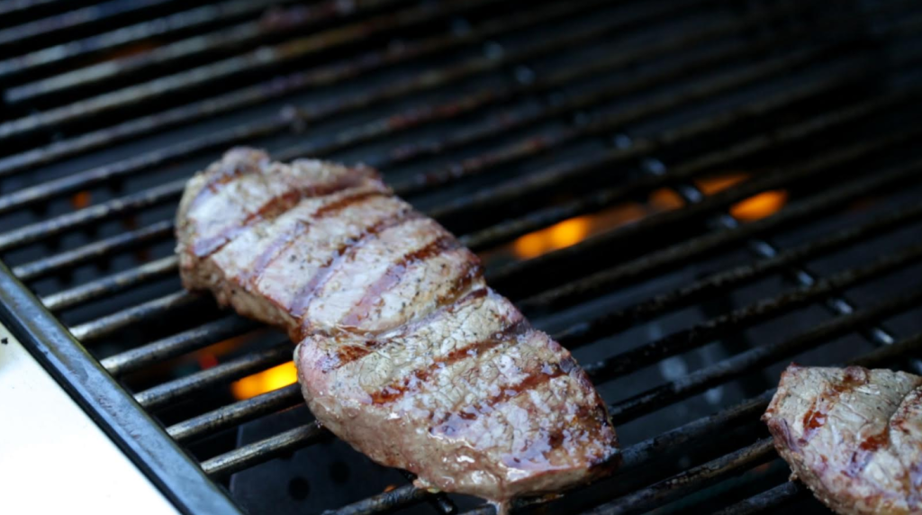 how to grill the perfect steak