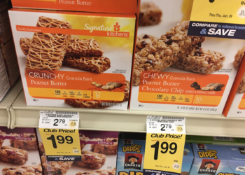 Signature Kitchens Granola Bars Just $.99 With Coupon, Save 65%