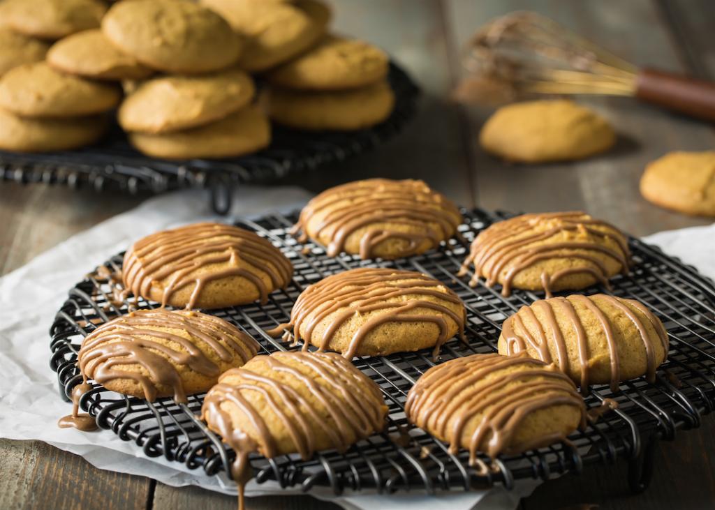 maple_glazed_pumpkin_cookies