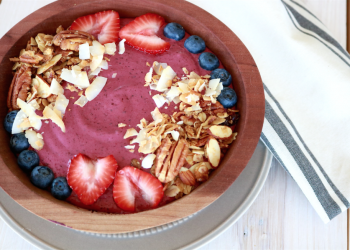 My Favorite Berry Smoothie Bowl