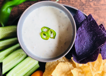 New at Safeway – Hatch Green Chile Queso Dip
