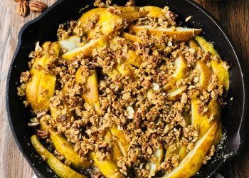 Pear Crisp Recipe With Ginger and Pecans