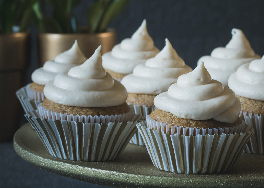 Gingerbread_Chai_Cupcakes