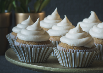 Gingerbread Chai Cupcakes With Cinnamon Cream Cheese Frosting