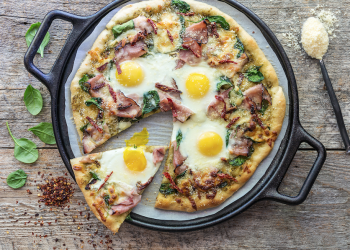 Ham and Egg Breakfast Pizza Recipe