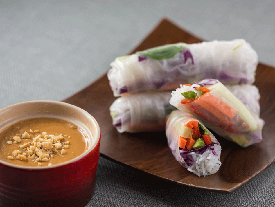 Spring_Rolls_With_Coconut_Peanut_Sauce