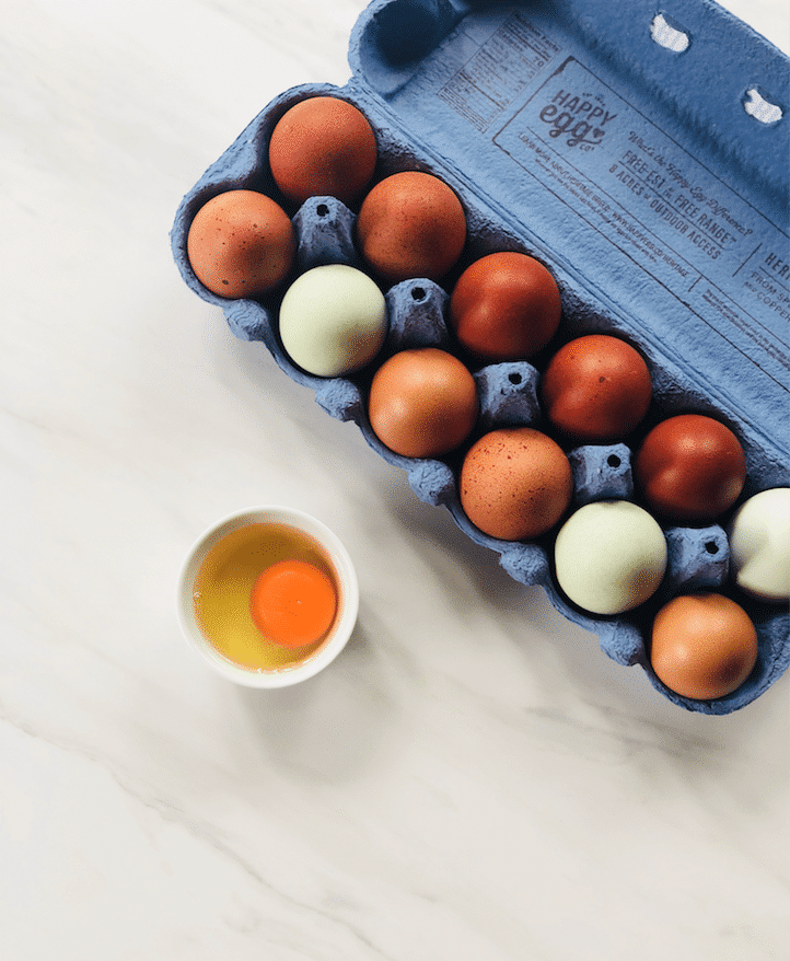 happy_egg_heritage_blue_and_brown_Eggs
