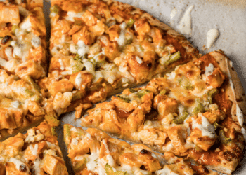 Frank's RedHot Buffalo Chicken Pizza