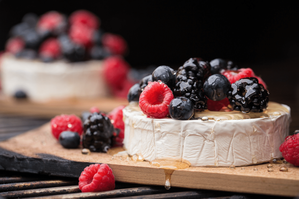 Grilled_Brie_and_Berries_Recipe