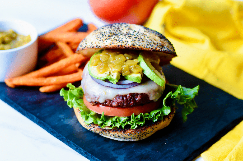 ozo_plant_based_burger_With_Green_Chile