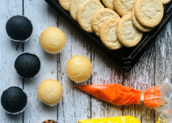 NEW DIY Halloween Cookie and Cupcake Decorating Kits at Safeway
