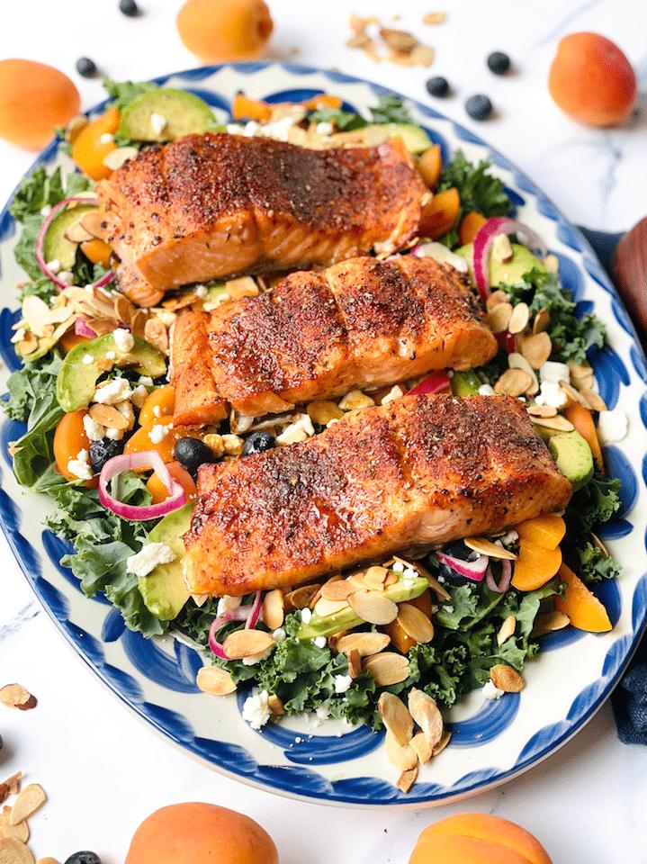 kale_Salad_With_Salmon_Recipe