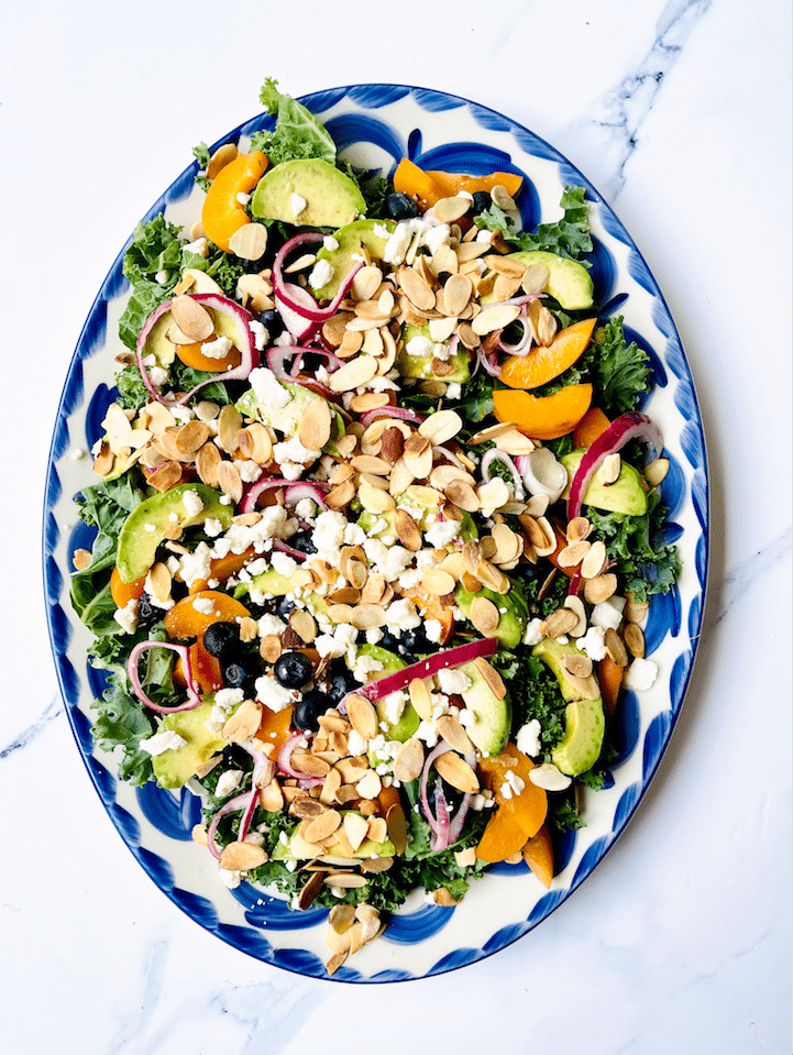 kale_Salad_with_Salmon_Apricots