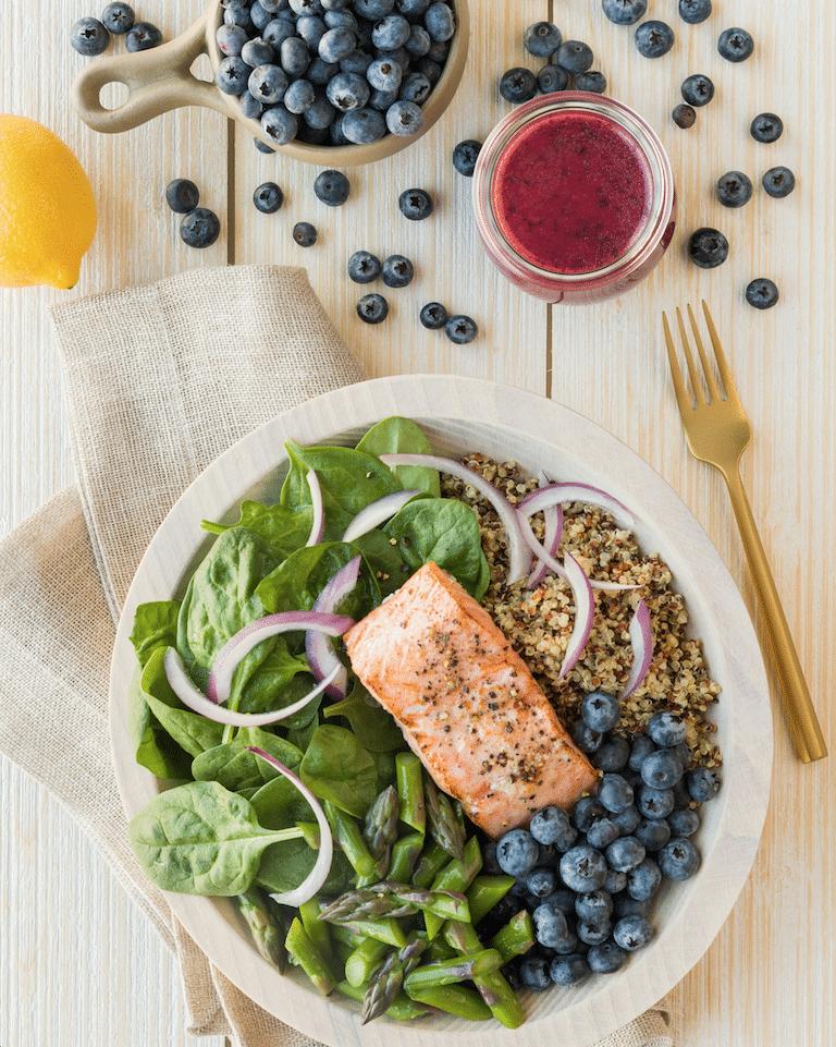 blueberry_and_Salmon_Quinoa_bowl