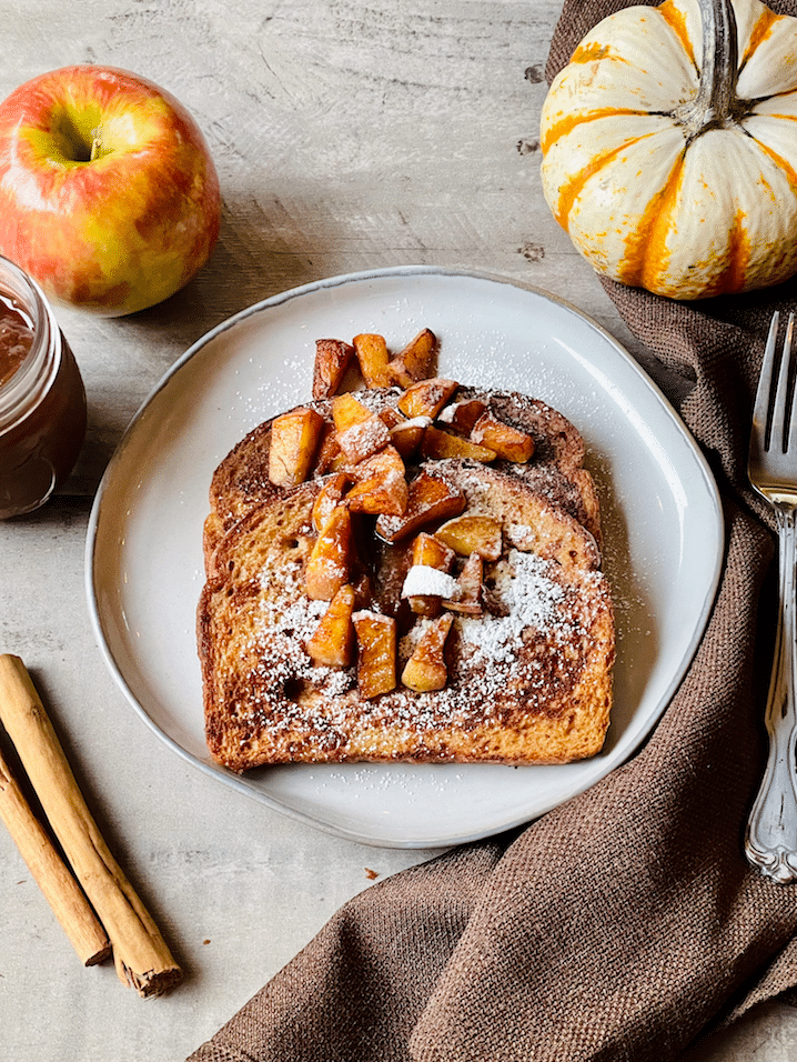 apple_French_Toast_With_Caramelized_apples