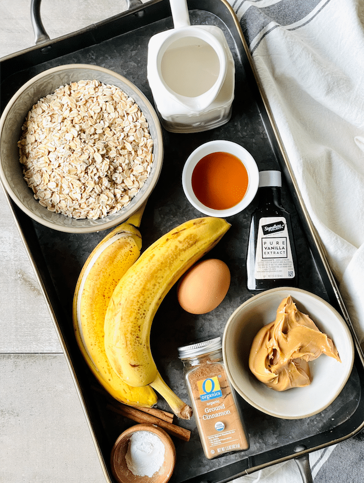 peanut_butter_banana_baked_oatmeal_ingredients