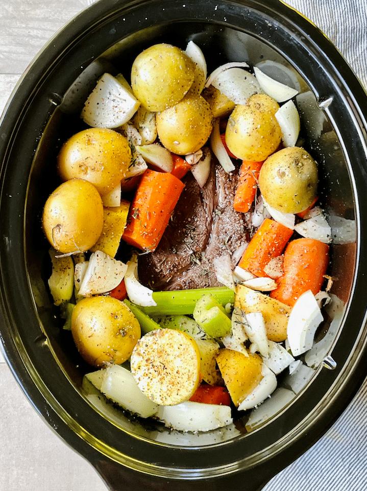 slow_cooker_pot_roast_ingredients